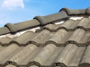 屋根 漆喰補修 前