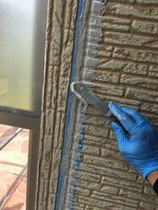 幸手市屋根外壁塗装 シーリングならし
