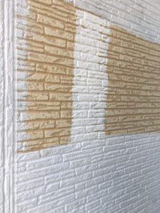 幸手市屋根外壁塗装 下塗り