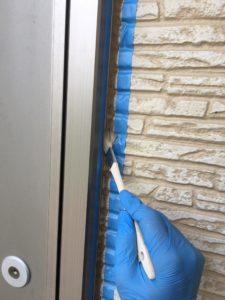 幸手市屋根外壁塗装 サッシ廻りプライマー