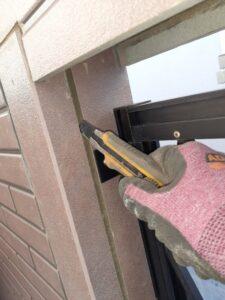 蓮田市 外壁塗装 コーキングカット