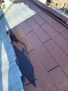 久喜市 屋根塗装 中塗り