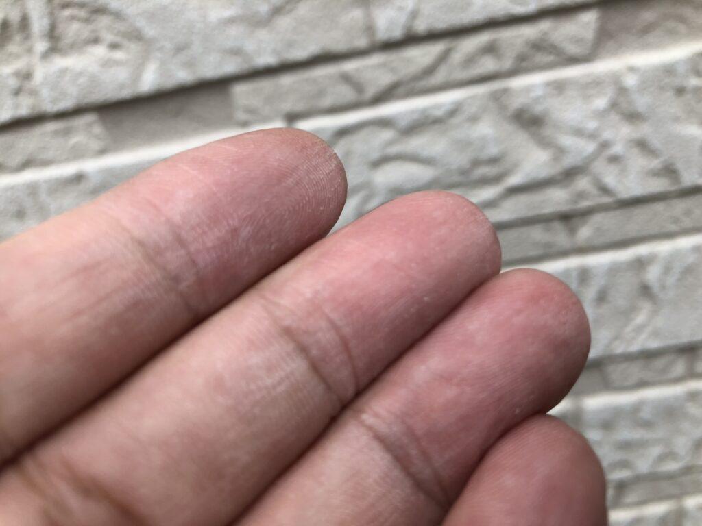 上尾市 外壁塗装 チョーキング現象
