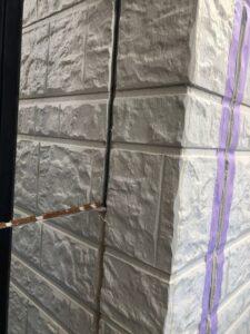 白岡市 外壁 コーキングカット