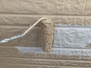 白岡市 外壁塗装 中塗り
