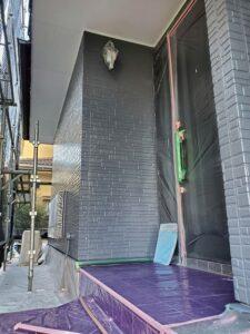 桶川市 外壁 中塗り後