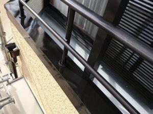 春日部市 付帯塗装 ベランダ笠木