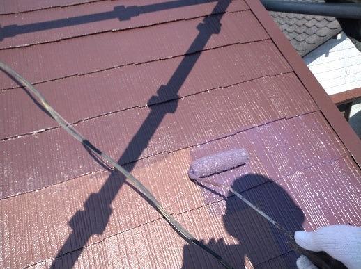 蓮田市 屋根塗装 上塗り施工中
